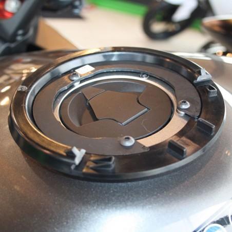 Fixation de réservoir PLUG-A50 BAGLOCKER XAC390 pour sacoche de réservoir Bagster sur Yamaha FZ1 N / Fazer et FZ8