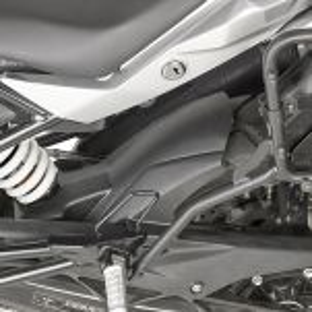 Passage de roue spécifique en ABS, couleur noir MG5126 GIVI pour BMW G310GS 2017 et +