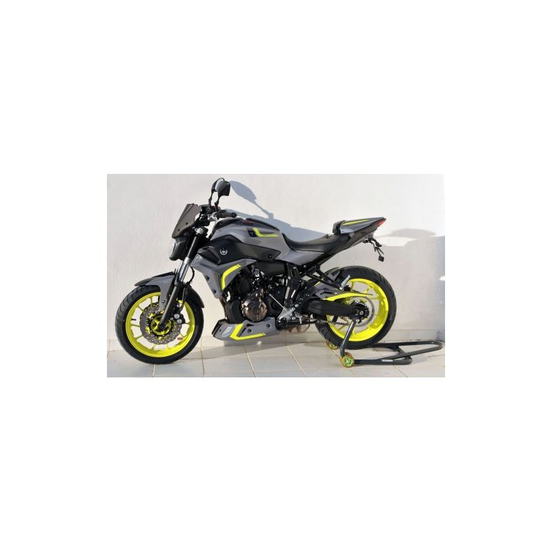 dosseret capot de selle ermax pour yamaha mt07 2014 et tech2roo. Black Bedroom Furniture Sets. Home Design Ideas