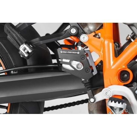Protection de maître-cylindre de liquide de frein Noir.  KTM 990 SMR 2007 et + / 990 Adventure 2006 et +