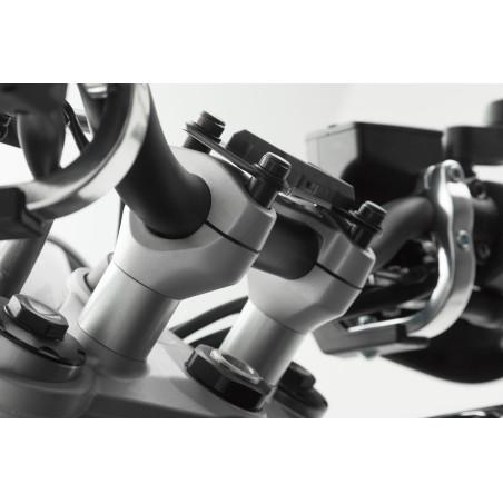 Rehausseur de guidon hauteur 20mm SW-MOTECH Gris pour Triumph Street Triple 675 2012 et +