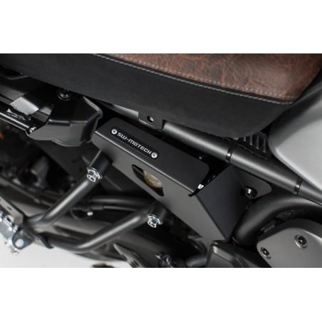 Caches lateraux Noir. Yamaha XSR 700 (16-). Cotes gauche et droit.