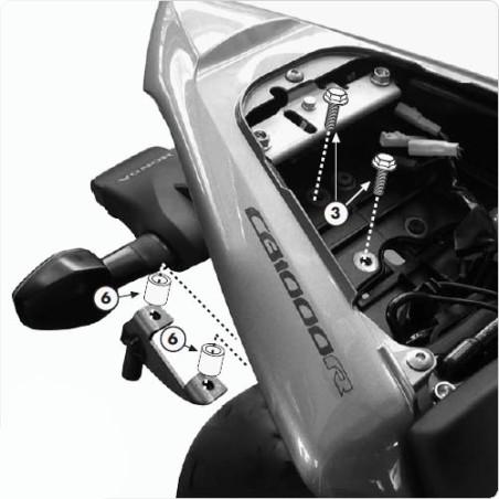 Kit spécifique 1101KIT GIVI pour monter les supports TE1101 sans le support topcase 266FZ pour Honda CB1000R 2008 et +