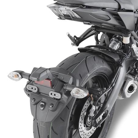 Kit spécifique IN2132KIT GIVI pour déplacer les clignotants pour Yamaha MT09 2017